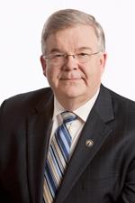 Le ministre Pierre Corbeil