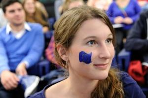 L'Europe s'efforce d'atteindre l'égalité des sexes à la scandinave.